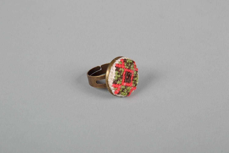Handmade round seal ring photo 3