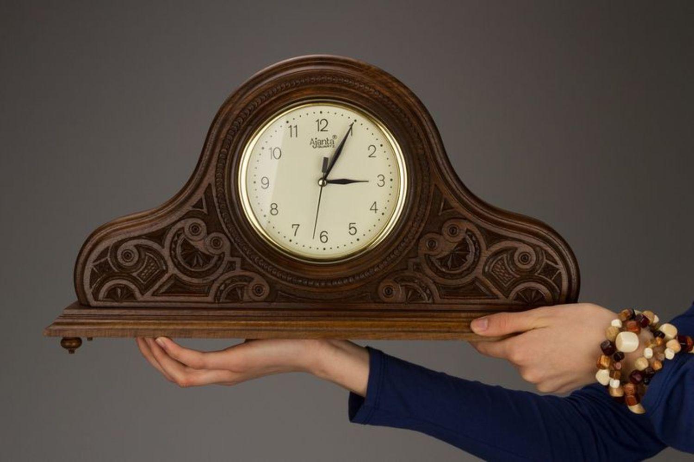 Как сделать каминные часы своими руками