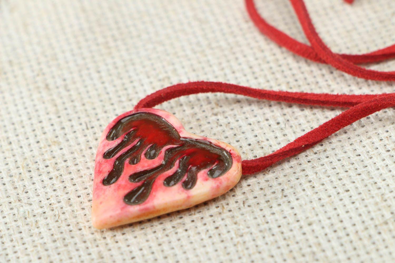 Unusual heart shaped bone pendant photo 2