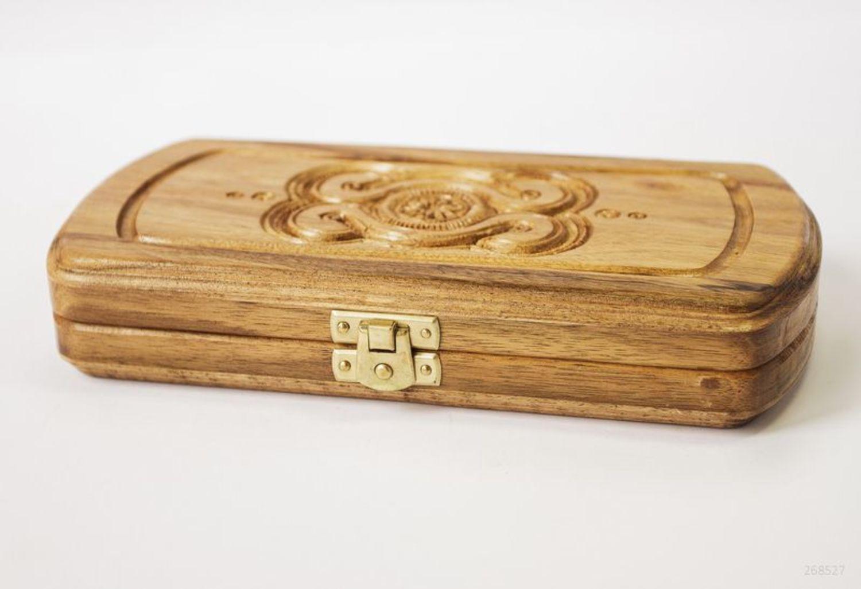 Backgammon made of natural wood photo 3