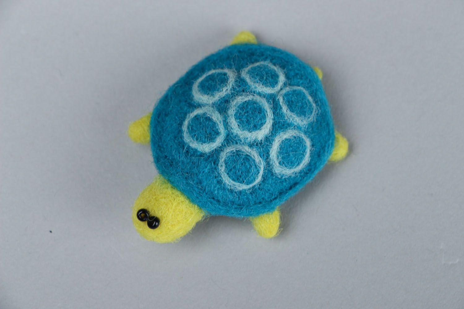 Brooch made of felted wool Turtle photo 1