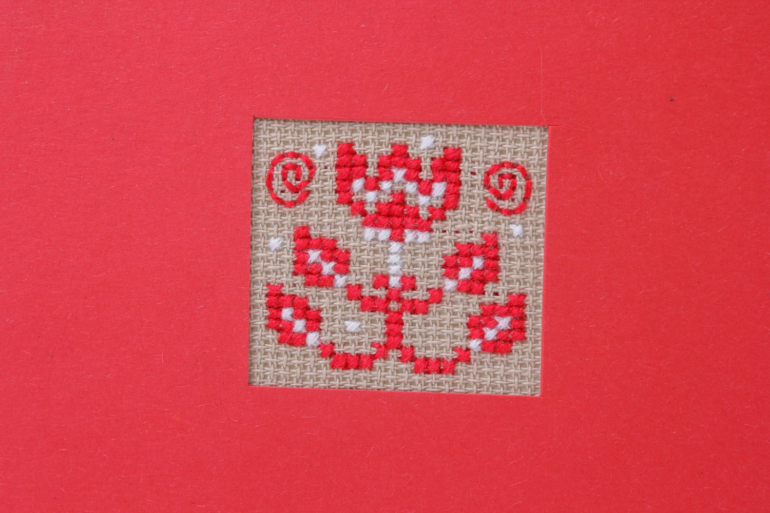 Red post card with embroidery photo 3