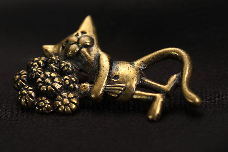 Bronze pendant Cat with Bouquet photo 2