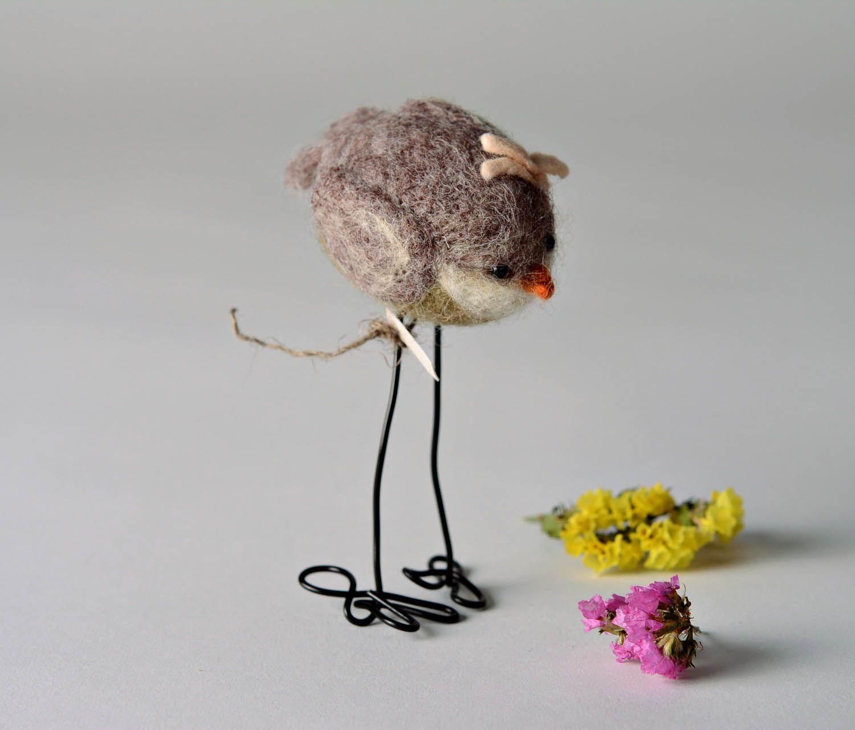 Woolen toy A bird with a flower photo 1