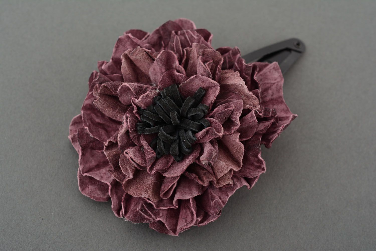 Leather hairpin with beautiful flower photo 2