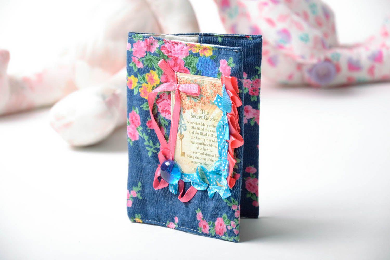 Fabric passport cover photo 1
