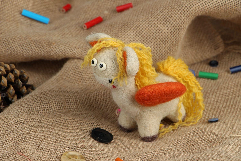 Pegasus made of wool photo 5