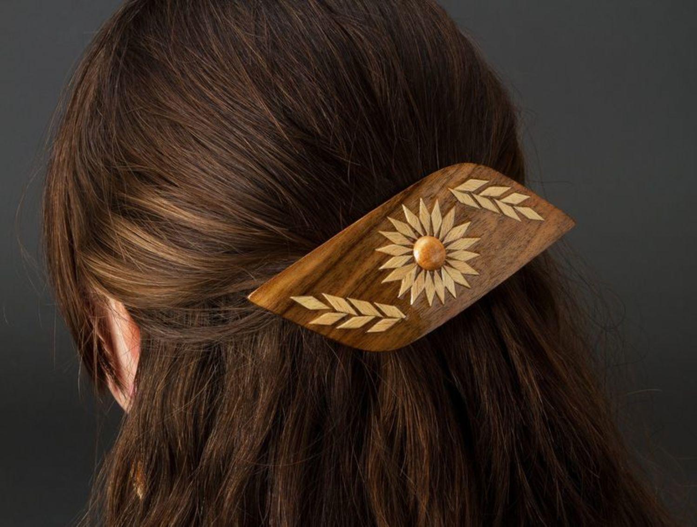 Wooden hair clip photo 2