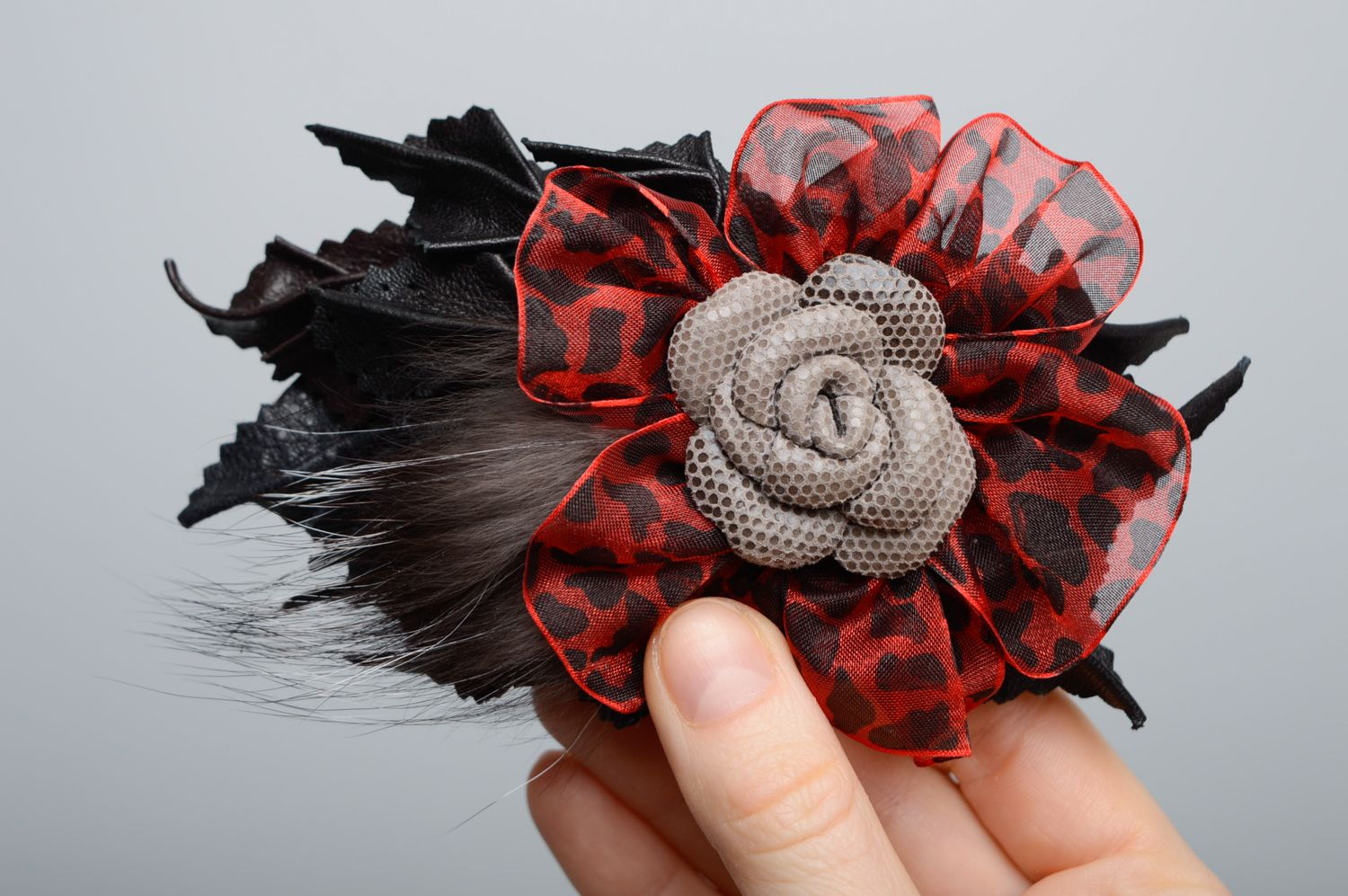 Leather hair clip with fur photo 3