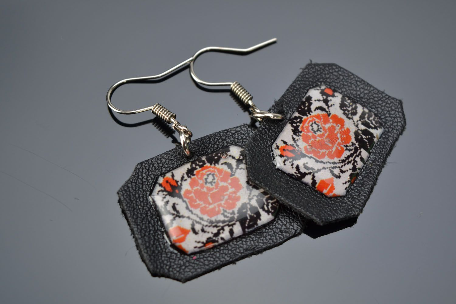 Handmade designer earrings photo 1