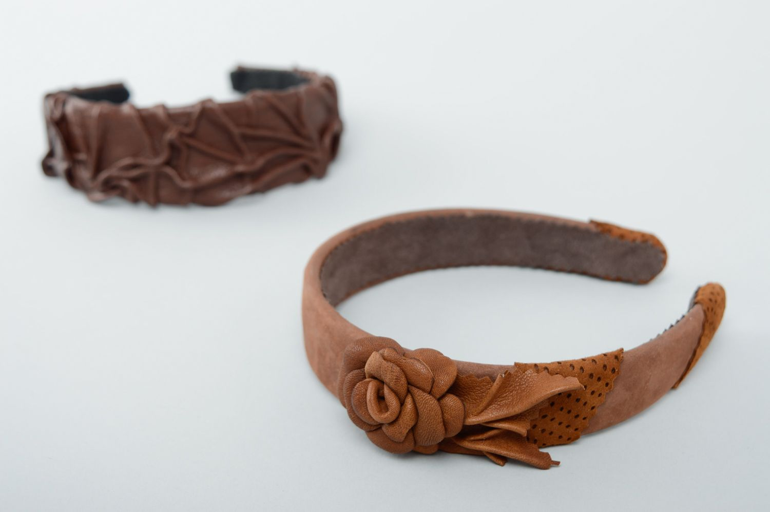 Brown leather headband with flower photo 5