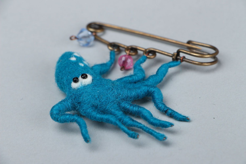 Woolen brooch Octopus photo 2
