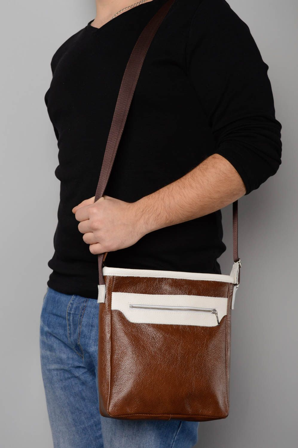 Men's Bags Brown leather bag - MADEheart.com
