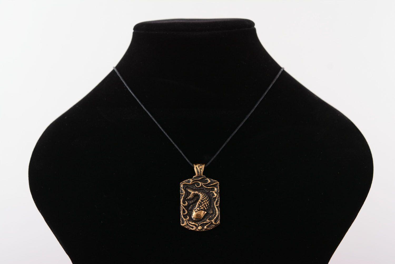Bronze pendant photo 5