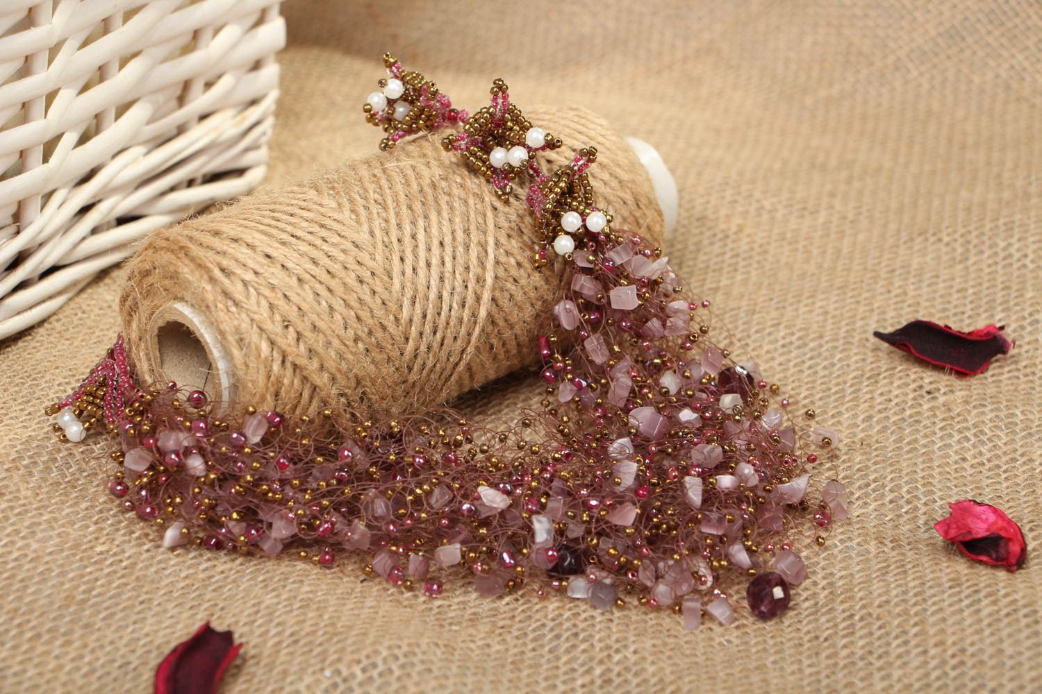 Beaded necklace with natural stones of pink color photo 4