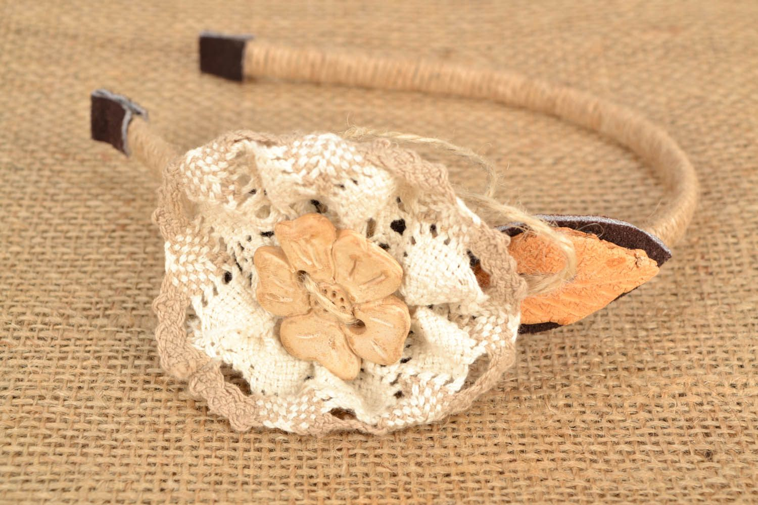 Head band with crocheted flower photo 1