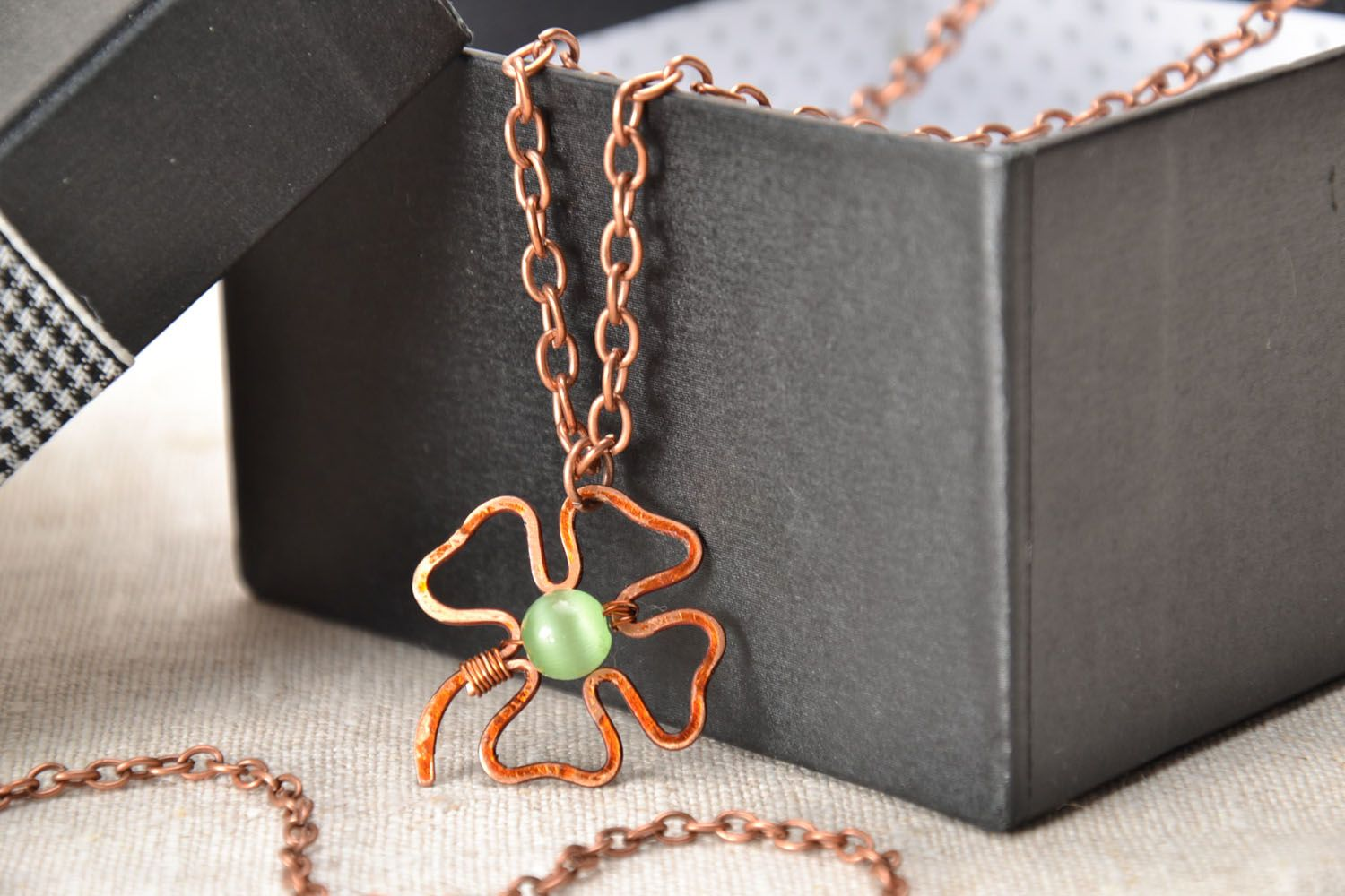Copper pendant Clover photo 1