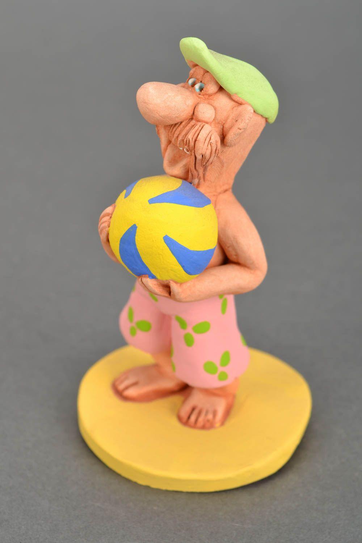 figurines et statuettes Figurine céramique faite main Volley-ball - MADEheart.com