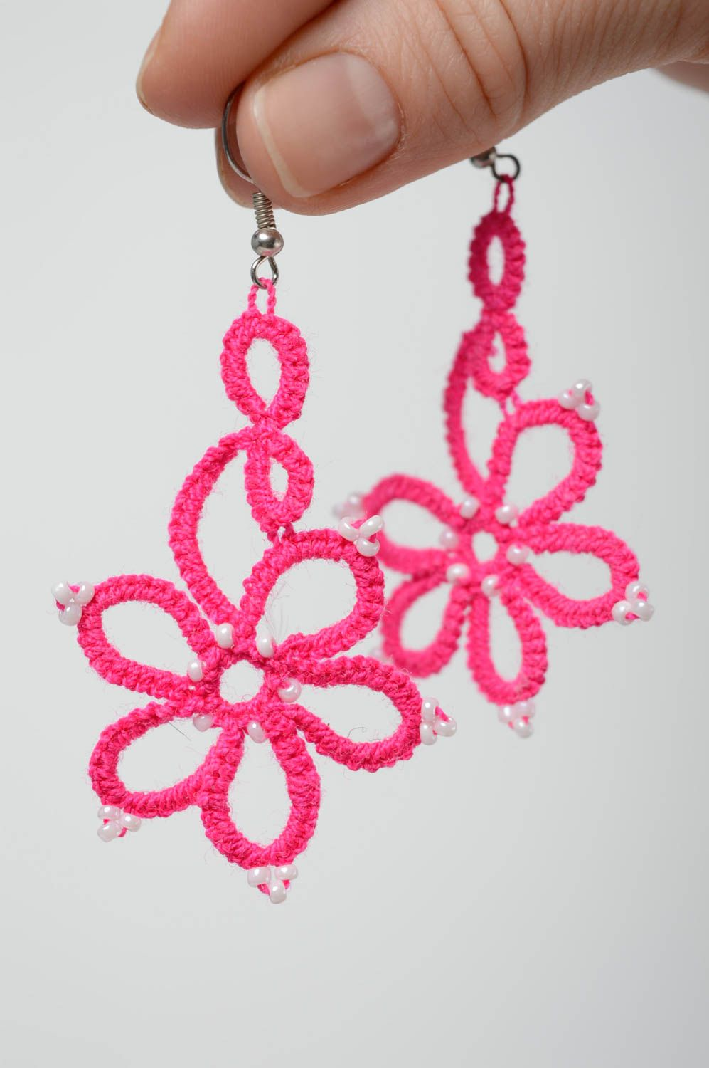 Pink woven earrings photo 4