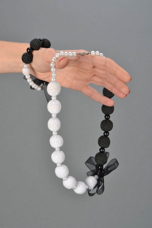 Jewelry set Black and White photo 2