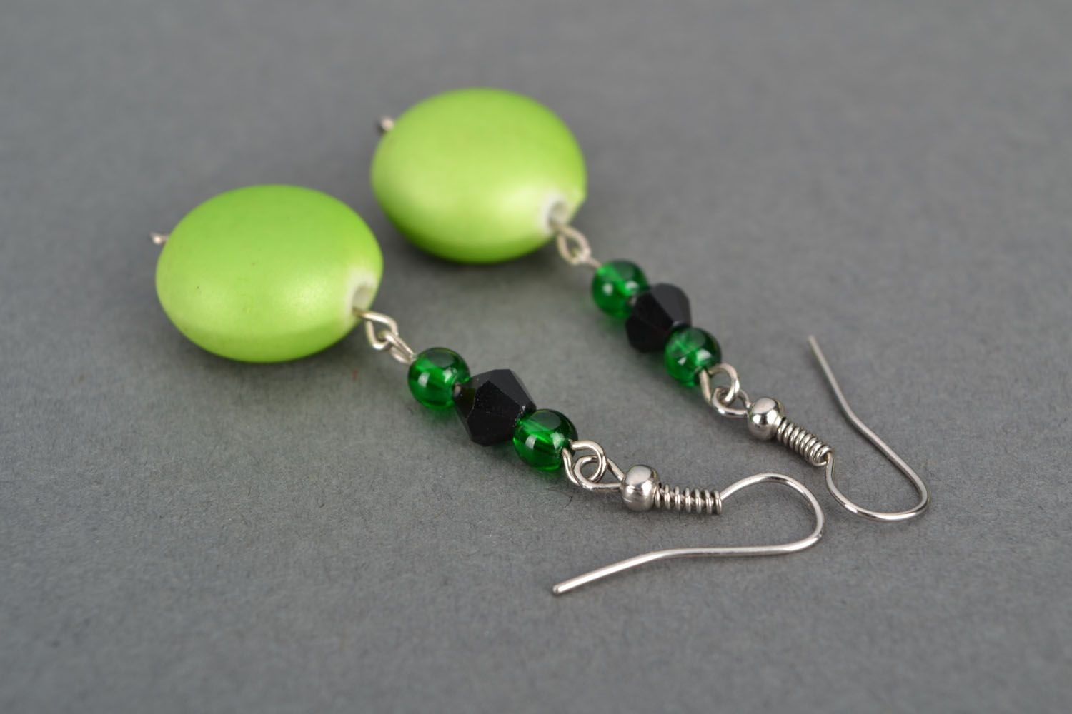 Earrings with plastic beads photo 4