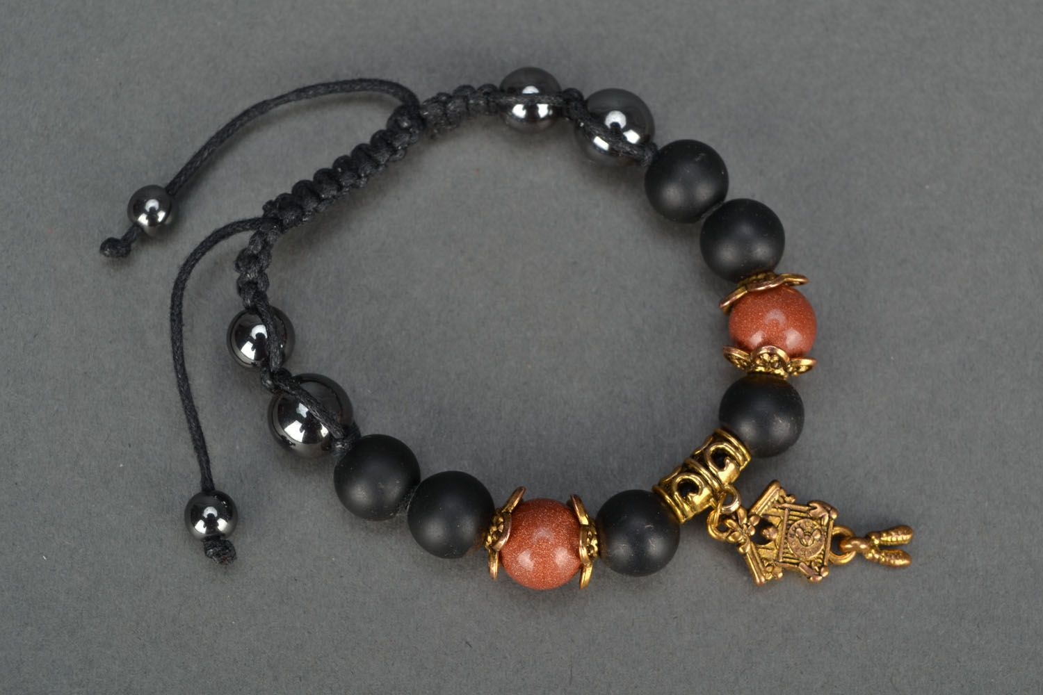 Beautiful bracelet with natural stones photo 2