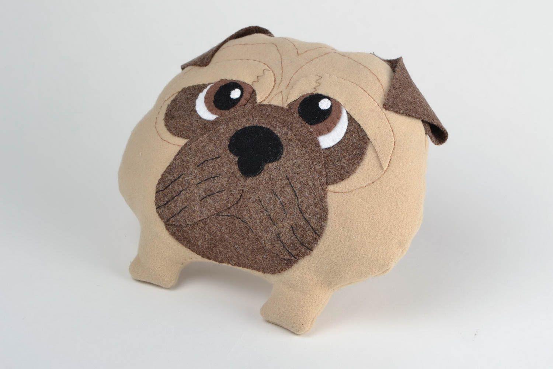Madeheart coussin en forme de chien carlin amusant original en laine naturelle fait main - Differente forme de coussin ...