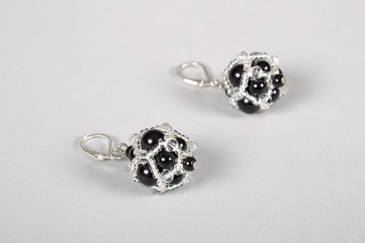 Evening earrings with black beads photo 3