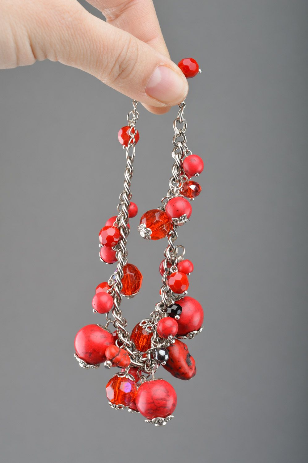 Handmade red thin wrist bracelet on chain with turquoise beads photo 2