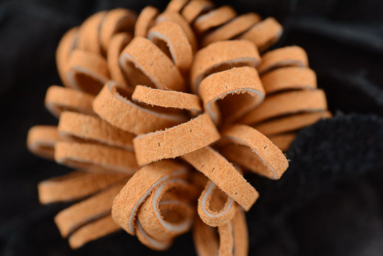 Leather hair clip Black Poppy photo 4