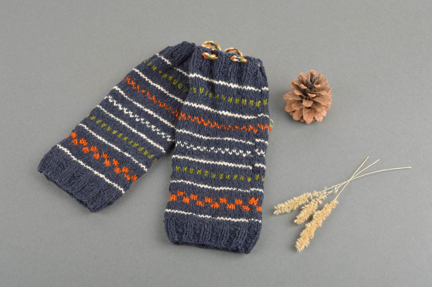 Notice: Undefined variable: cat in /home/newmadeheart/prod/cache/volt/%%home%%newmadeheart%%prod%%app%%views%%product%%index.volt.php on line 139  Handmade knitted socks warm woolen winter socks winter accessories for women - MADEheart.com