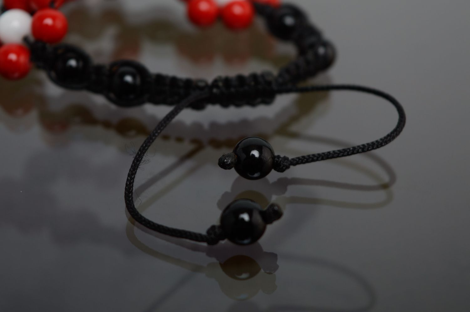 Friendship bracelet with waxed cord and natural stones photo 4