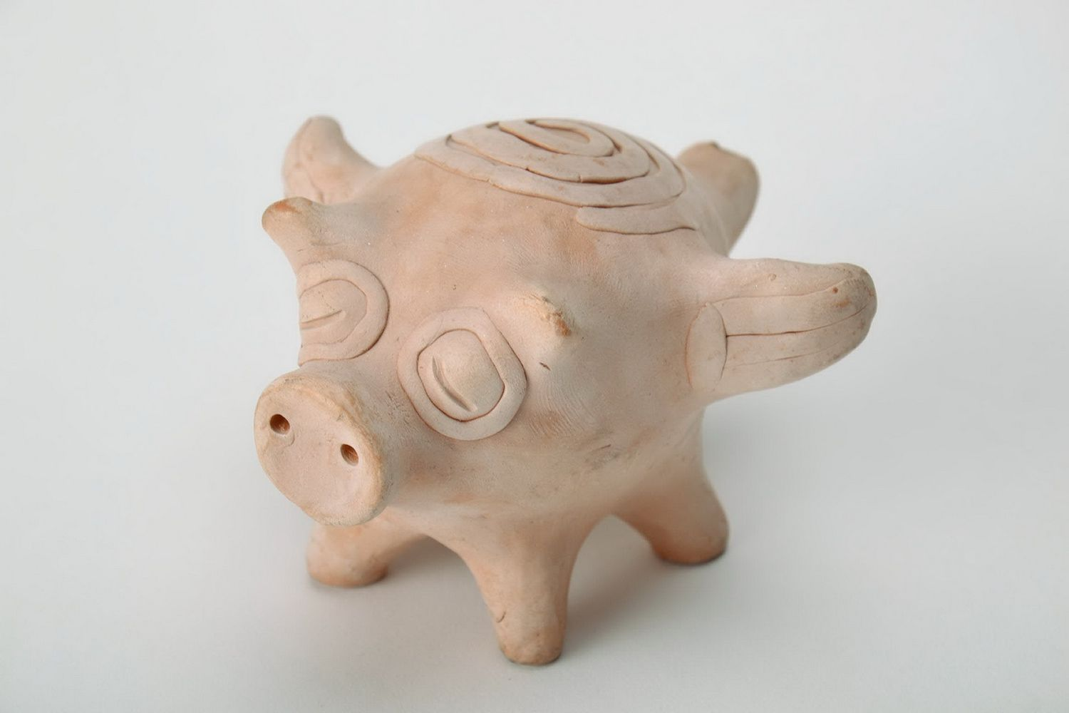 Clay penny whistle Pig photo 2