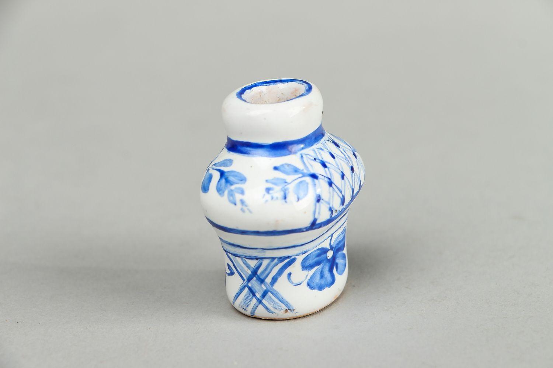 madeheart kleine vase aus ton. Black Bedroom Furniture Sets. Home Design Ideas
