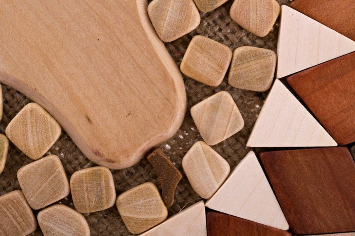 Wooden coaster for hot dishes photo 3
