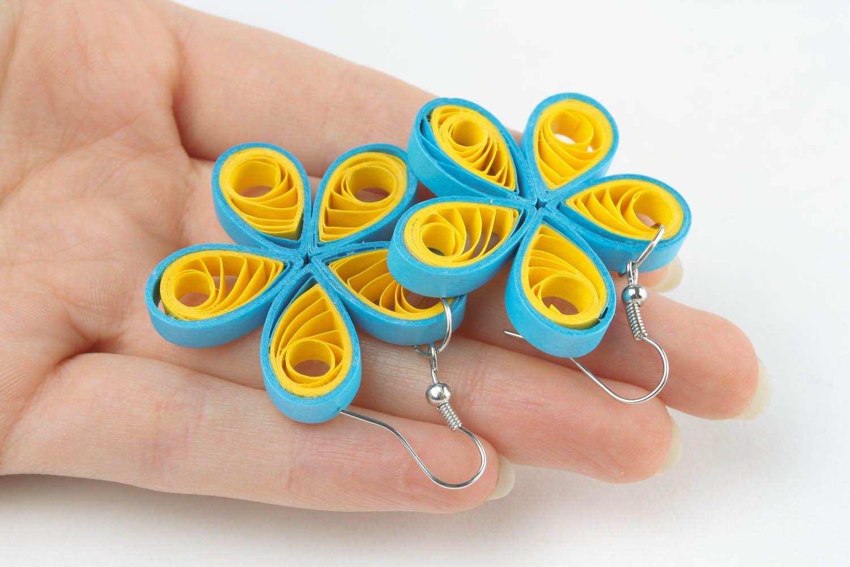 Handmade paper flower earrings  photo 2