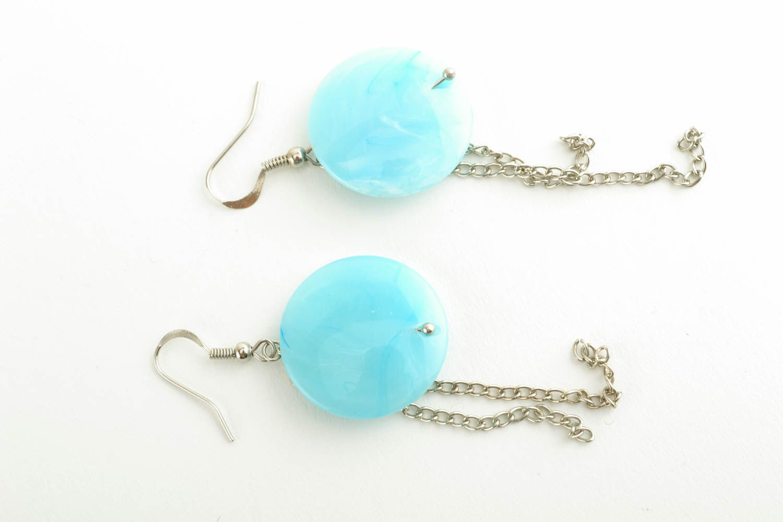 Türkisblaue Ohrringe mit Kunststoff Perlen foto 1