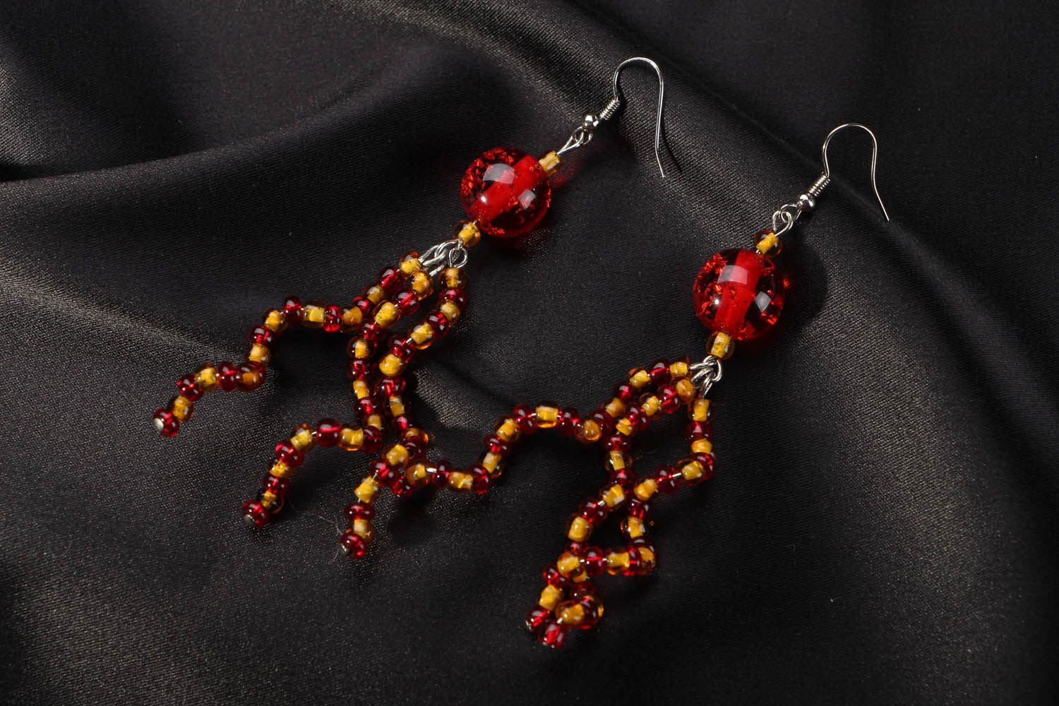 Long beaded earrings photo 1