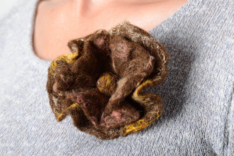 Брошь ручной работы брошь из шерсти авторское украшение валяная брошь цветок фото 2