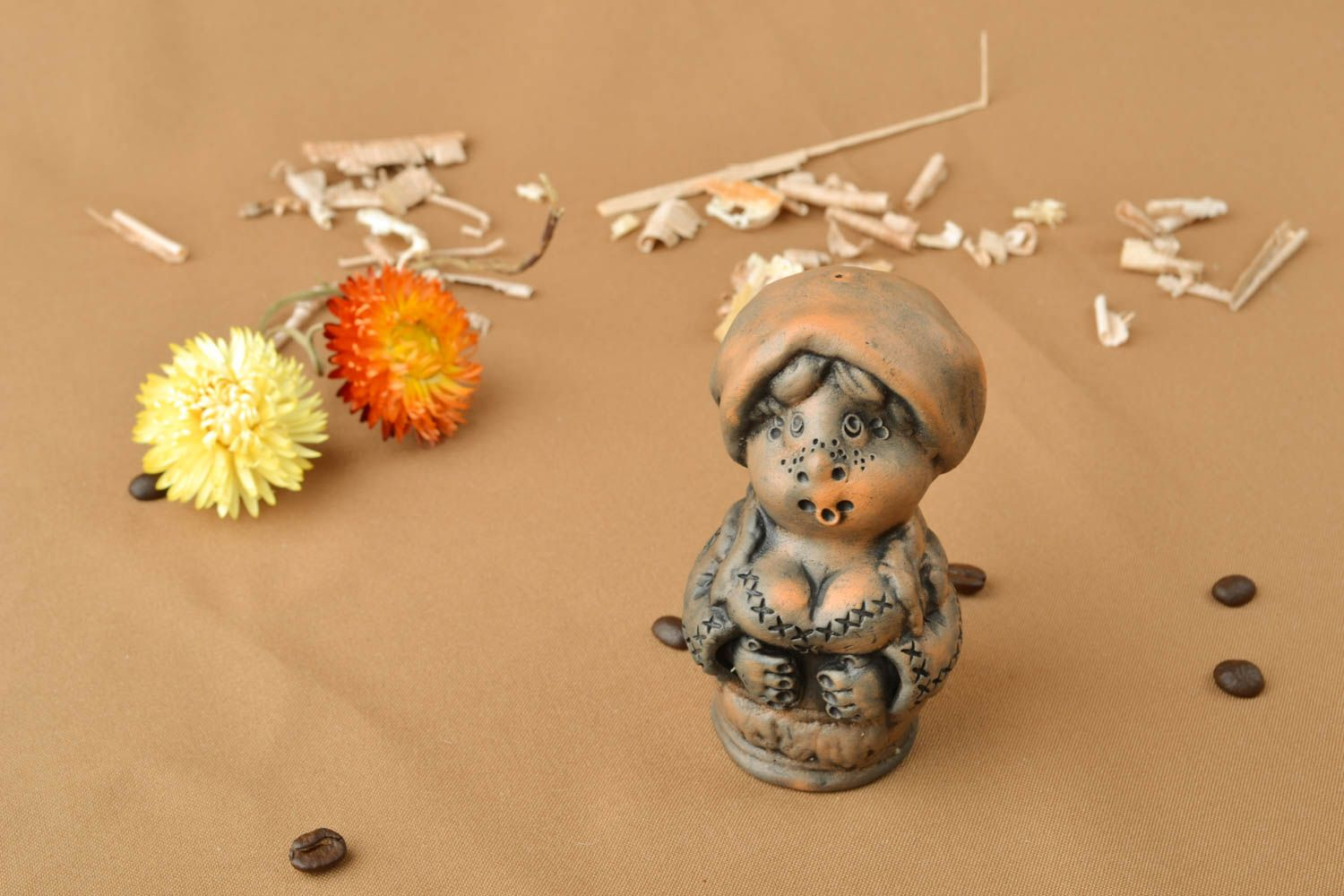 Brown ceramic bell Housewife photo 5