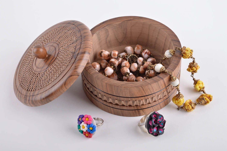 Madeheart joyero de madera redondo hecho a mano regalo for Decoracion del hogar hecho a mano