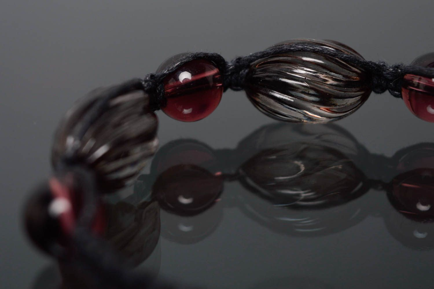 Woven bracelet with beads photo 2
