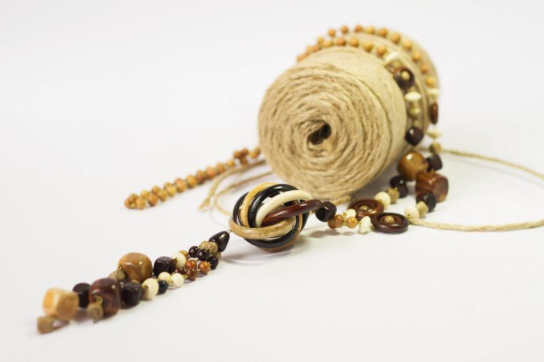 Lange hölzerne Perlenkette foto 4