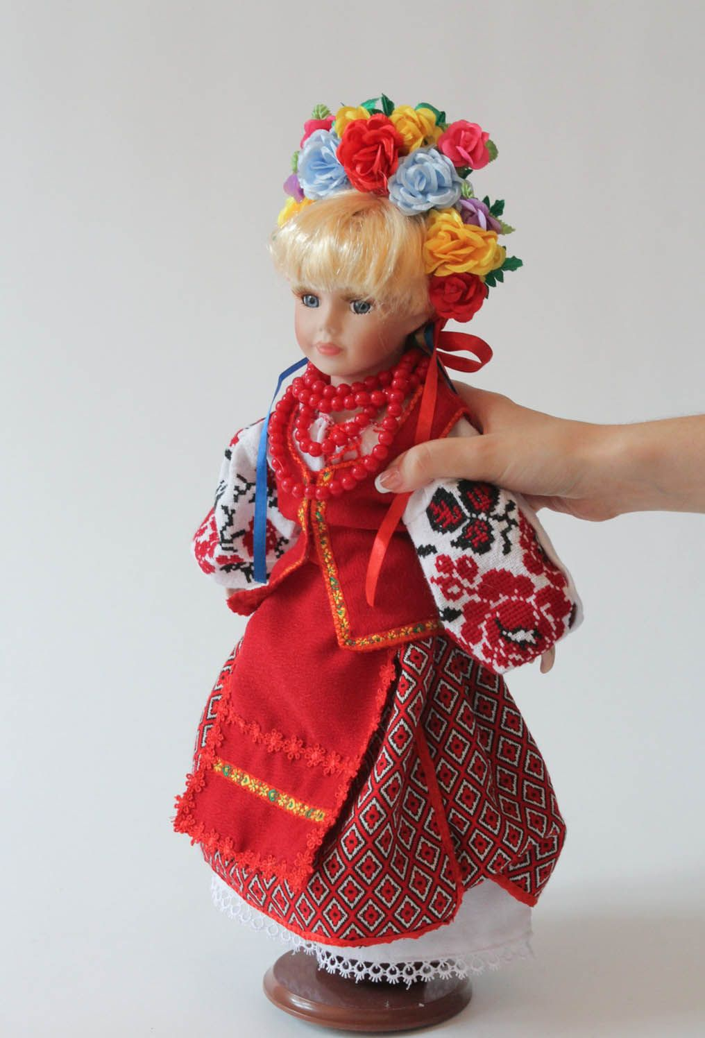 Doll in Ukrainian clothes photo 4