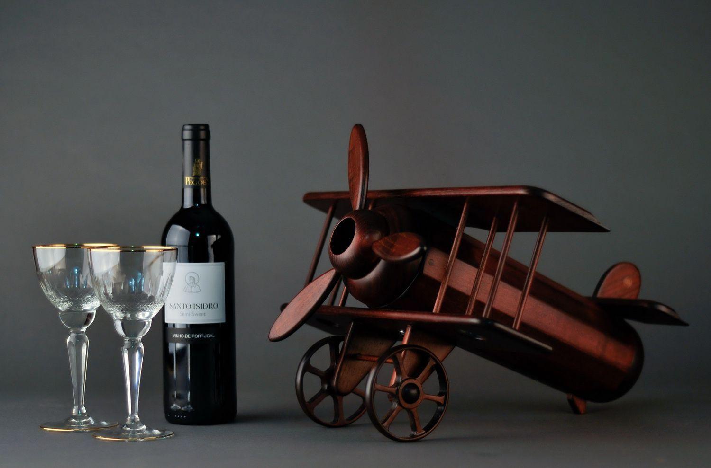 Wooden wine bottle stand Plane photo 2