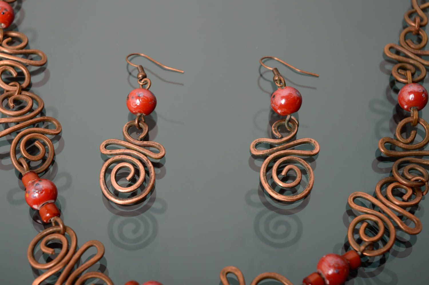 Handmade copper earrings with Indian beads photo 5