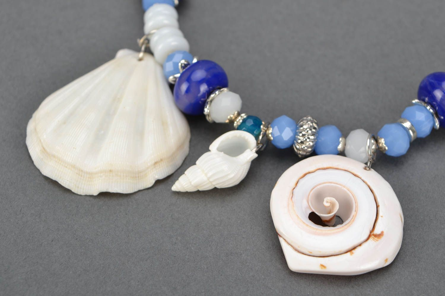 Necklace with charms Cockleshells photo 4