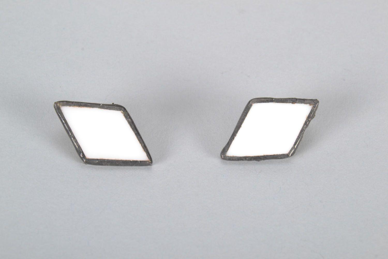Diamond-shaped glass earrings photo 5