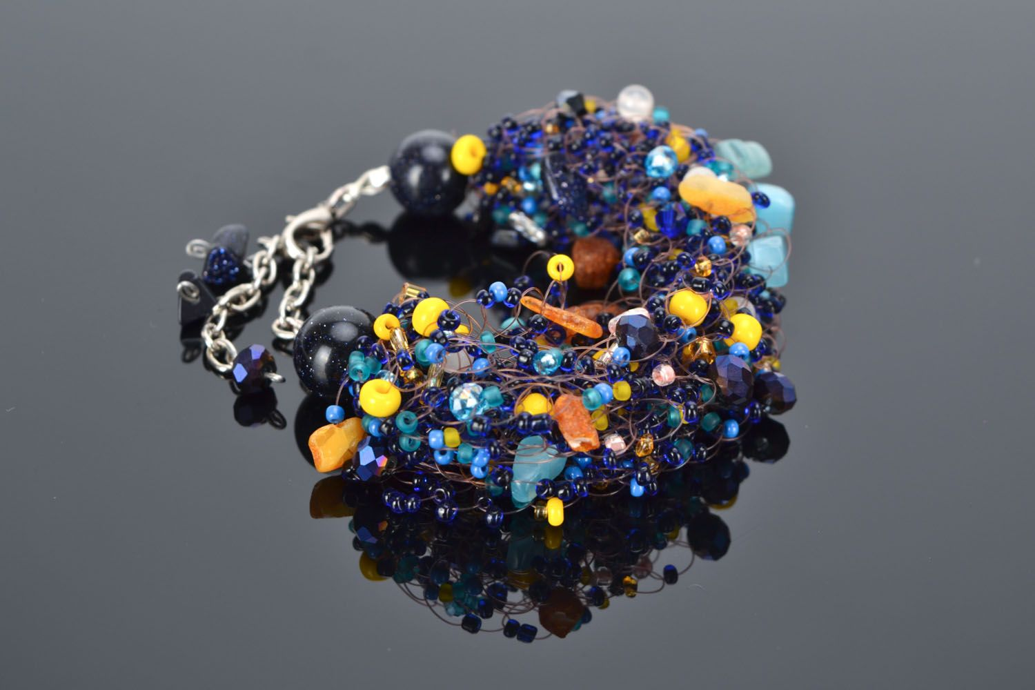 Set of jewelry with natural stones photo 1