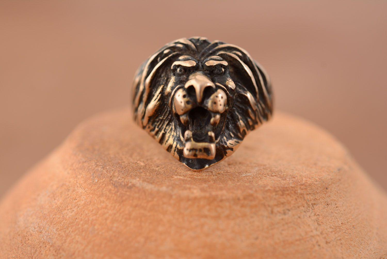 Bronze ring Lion photo 3